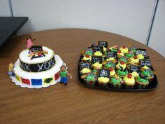 Teacher Appreciation Cake and Cupcakes