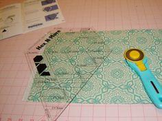 Jaybird Quilts Pattern Review - Lotus - Sew Sweetness #hexnmore #jaybirdquilts #lotusquilt  http://sewsweetness.com/