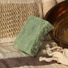 Savon naturel, à l'huile d'argan, de fabrication artisanale