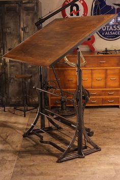table industrielle deco loft vintage industrial agricultural pinterest table. Black Bedroom Furniture Sets. Home Design Ideas