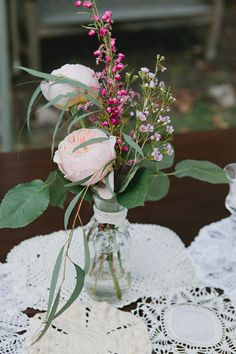 Photography: Alively Photography - alivelyphotography.com Wedding Planning: Hey Love! Events - heyloveevents.com Floral Design: Nectar - nectarfloraldesigns.com  Read More: http://www.stylemepretty.com/2012/08/17/diy-charlotte-wedding-from-alively-photography/