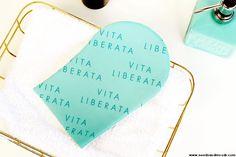 Sur mon blog beauté, Needs and Moods, je vous donne mon avis sur les auto-bronzants Vita Liberata, des cosmétiques composés à partir de 80% d'ingrédients naturels, et qui assure un hâle zéro défaut!  http://www.needsandmoods.com/vita-liberata-autobronzants-avis/  #VitaLiberata #autobronzant #LuxuryTan #PHenomenal #Tan #TanMousse @vitaliberata #SelfTan #beauty #betterthanbaking #tanning #vitaliberata #expert #diy #besttanever #selftanning #BlogBeaute #BlogBeauté #BeautyBlog #BeautyBlogger