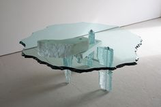 Danny Lane 3TresTri Marmore Dining Table 2016 25mm float glass top Low iron glass, marble, stainless steel base H72.5 x Diam 175cm Photo: Peter Wood www.dannylane.co.uk