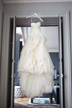 Winter Wedding in Paris. Wedding Gown: Vera Wang