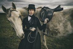 1840s riding habit. photo by Kris Renoir. www.domowakostiumologia.blogspot.com