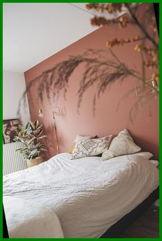 Home Bedroom, Bedroom Decor, Bedroom Wall Colors, Bedroom Ideas, Pink Bedroom Walls, Modern Bedroom, Wall Colours, Accent Wall Bedroom, Contemporary Bedroom