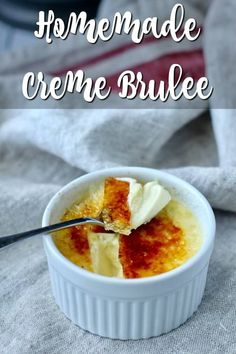 Crème Brûlée with Vanilla and Grand Marnier Potluck Desserts, Desserts To Make, Dessert Recipes, Cream Brulee, Brulee Recipe, Onion Tart, Bakers Gonna Bake, Elegant Desserts, Grand Marnier