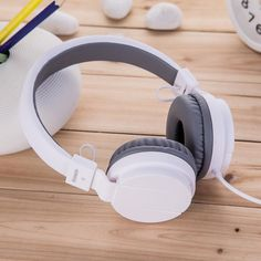 Find More Earphones & Headphones Information about Kanen ip950 music headset  for mobile phone  colorful bass headphones for computer  wired noise cancelling headset for girls,High Quality phone key,China phone and internet packages Suppliers, Cheap phone motorcycle from Shenzhen-Kun a Store on Aliexpress.com