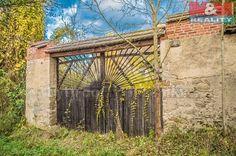 Chalupa 425 m² k prodeji Nedrahovice - Rudolec, okres Příbram; 1990000 Kč (Kupní cena nezahrnuje daň z nabytí nemovitých věcí.), patrový, samostatný, smíšená stavba, před rekonstrucí.