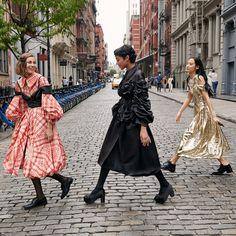 fun in dresses. Runway Fashion, High Fashion, Fashion Show, Womens Fashion, Fashion Design, Fashion Trends, Fashion Games, Fashion Fashion, Fashion Ideas