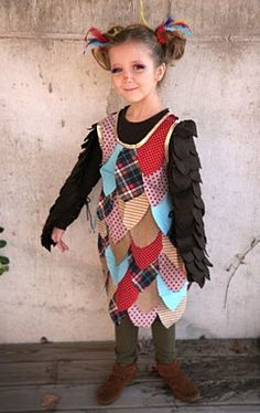 So the wise owl all seems to be children's costumes...I like the simplicity of these wings though.