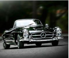 #TBT Elegance and class that never go out of style. #ZTMotorsFWB #DrivenByService #MB300SL