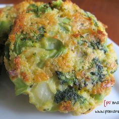 cheesy roasted broccoli patties