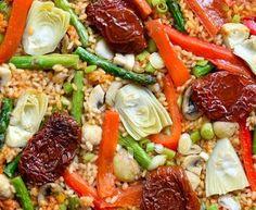 Paella Vegana con Verduras de Primavera