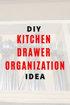 If you're wondering how to organize your kitchen drawer you'll like this easy and cheap DIY tip. No more wandering cooking utensils. This space saving storage idea is great if you have a small kitchen. Diy Drawer Organizer, Kitchen Drawer Organization, Kitchen Drawers, Organization Station, Kitchen Storage, Space Saving Storage, Storage Hacks, Diy Storage, Storage Ideas