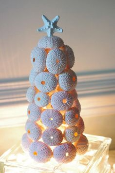 Sea Urchin Christmas Tree...I really like this: