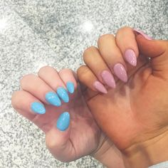 "16k Likes, 152 Comments - Brittney Lee Saunders (@brittney_saunders) on Instagram: ""Arrived in Bali and met Jaz at the airport to find that our nails unintentionally match 🌴 💕 here's…"""
