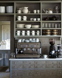Open shelving in a home coffee bar. This would help really make the coffee bar feel like a distinctly different area of the kitchen. Could also work well in a butlers pantry / coffee bar area. Coffee Bar Home, Coffee Corner, Coffee Area, Drink Coffee, Coffee Mugs, Coffe Bar In Kitchen, Coffee Island, Coffee Lab, Corner Cafe