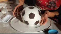 Le torte di Toni. La palla da calcio. Gambero Rosso Channel. Parte 2/2, via YouTube.
