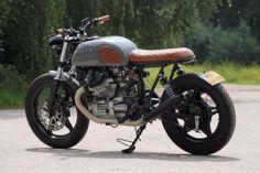 www.marktplaats.nl/motoren-oldtimers/honda-cx500-1979-caferacer-brat-scramble...