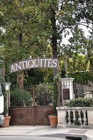 l'isle-sur-la-sorgue antiques on the weekend