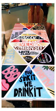 Beer Pong Tisch, Custom Beer Pong Tables, Diy Party Games, Paint And Drink, Drinking Games For Parties, Ping Pong Table, Diy Table, Diy Painting, Decoration