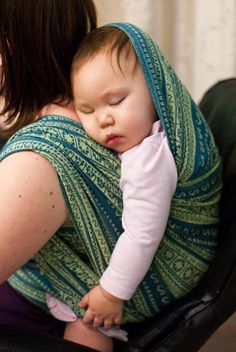 Beautiful babywearing!  #babywearing