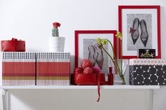Maximize storage space and add fun textures with our KVITTRA boxes.
