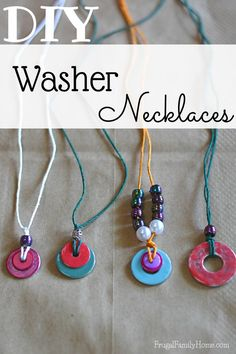 Too hot to for the kids to play outside? Get them creating instead of complaining with this fun summer craft idea, washer necklace tutorial. Washer Necklace Tutorial, Diy Necklace, Summer Necklace, Gift For Friend Girl, Gifts For Friends, Friends Girls, Diy Schmuck, Schmuck Design, Crafts For Seniors