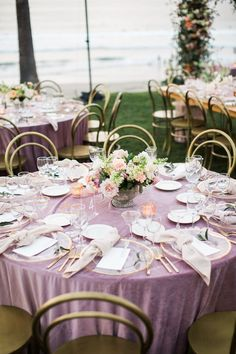 This mauve wedding had the most gorgeous velvet linens by La Tavola. The gold accents in the Bentwoo Blush Wedding Centerpieces, Wedding Bouquets, Wedding Flowers, Wedding Decorations, Balloon Centerpieces, Wedding Table Linens, Wedding Table Settings, Wedding Tables, Wedding Color Schemes