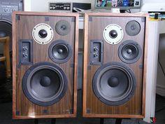 Vintage Marantz Speakers | PRICED TO SELL! Vintage MARANTZ HD66 Speakers Photo