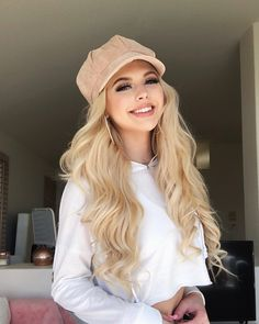 Loren Grey este o cantareata care mie imi place Loren Grey, Ukraine Girls, Look Girl, Lace Front Wigs, Girl Photos, American Girl, Cute Girls, Ideias Fashion, Celebs