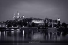 Wawel Castle by Maciej Nadstazik on 500px