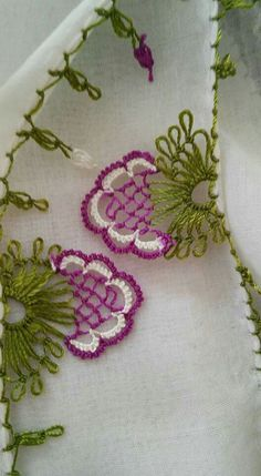 Needle Lace Writing Models and Towel Edge Models - Tatting Ideen 2019 Needle Tatting, Needle Lace, Bobbin Lace, Craft Patterns, Quilt Patterns, Crochet Patterns, Crochet Flowers, Crochet Lace, Point Lace