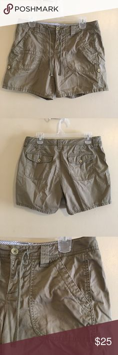 Tommy Hilfiger light sage green shorts Tommy Hilfiger shorts. Light sage green in color. Side and front pockets.  Front zipper with button closure. Reasonable offers are always welcome. Tommy Hilfiger Shorts