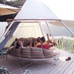Floating Bed is another comfortable way to relax and even sleep on. After a thorough scientific research, John Huff designed the Floating Bed that promises to make you feel greatly relaxed. Outdoor Hanging Bed, Outdoor Beds, Hanging Beds, Hanging Hammock, Outdoor Hammock, Hanging Chairs, Outdoor Spaces, Outdoor Living, Recycled Trampoline