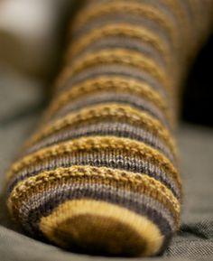 Espresso Macchiato sock pattern | CC Almon Java Purl