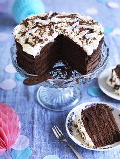 Douple Up Chocolate Cake Sweets Cake, Cupcake Cakes, Cupcakes, Chocolate Recipes, Chocolate Cake, Love Cake, Party Cakes, Cake Cookies, Yummy Cakes