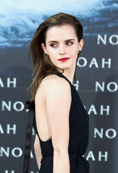 25 Times Emma Watson Looked Absolutely Flawless Emma Love, Emma Watson Beautiful, Emma Watson Sexiest, My Emma, Alex Watson, Lucy Watson, Emma Watson Style, Famous Celebrities, Hollywood Celebrities