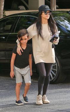 Kardashian/Jenner Blog — March 15th, 2016 - Kourtney and Mason out in...