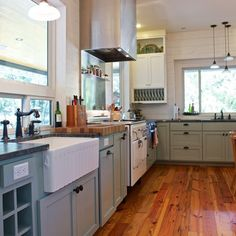 love the floor and the cabinet color