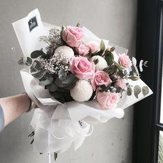 주문 레슨문의 Katalk ID vanessflower52 #vanessflower #vaness #flower #florist #flowershop #handtied #flowergram #flowerlesson #flowerclass #바네스 #플라워 #바네스플라워 #플라워카페 #플로리스트 #꽃다발 # #부케 #원데이클래스 #플로리스트학원 #화훼장식기능사 #플라워레슨 #플라워아카데미 #꽃스타그램 . . . #꽃다발 #핸드타이드 . . 러블리 핑크 꽃다발