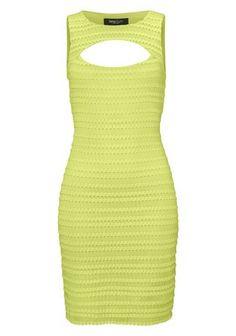 Sexy Farbe bekennen! Das Mini-Kleid von Siena Studio aus New York ist ein toller Hingucker. Raffinierte Cut-outs am Ausschnitt vorn und hinten gewähren vor allem in Kombination mit einem Push-up-BH sexy Einblicke. Die figurnahe Form mit Mittelnaht hinten, der zarte, elastische Baumwoll-Mix und das edle Streifen-Spitzen-Design umspielen gekonnt die weiblichen Rundungen. Ein Metallreißverschluss hinten erleichtert nicht nur das An- und Ausziehen, er ist auch noch goldfarbener Eyecatcher.
