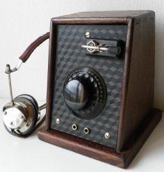 VINTAGE RARE WOOD-BAKELITE GERMAN CRYSTAL RADIO 1920s + Dreistern4000Ω H.PHONES
