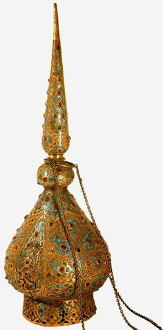 Vessel for incense. The second half of the 16 th century. Gold, turquoise, precious stones, engraving, inlay. Topkapi Palace Museum, Istanbul, Turkey. It was intended, probably, for spraying perfume and incense.