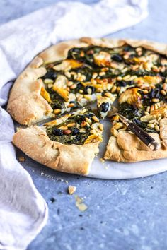 My Vibrant Kitchen | Vegan Creamy Spinach Artichoke Galette | www.myvibrantkitchen.com