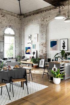 Brilliant Ideas Loft Apartment Designs and Decor - Page 28 of 71 Small Apartment Decorating, Apartment Design, Interior Decorating, Decorating Ideas, Decorating Websites, Apartment Interior, Decor Ideas, Loft Design, Deco Design