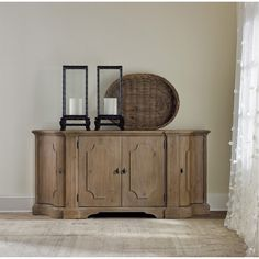 Hooker Furniture Living Room Credenza 5390-85001 | Bailey Manor ...