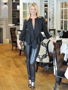 Milette Sherman in a Peplum Blazer, Valentino Leather Pants, Alexander McQueen Leopard Clutch (I think), and some leopard stilettos. Texas Girls, Fall Must Haves, Beautiful Old Woman, Mature Fashion, Tights Outfit, Confident Woman, Fashion Plates, Nice Dresses, Autumn Fashion