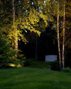 Hagebelysning; Bålplasser og lys i høsthagen sak om belysning fra bonytt nr 10 2013.
